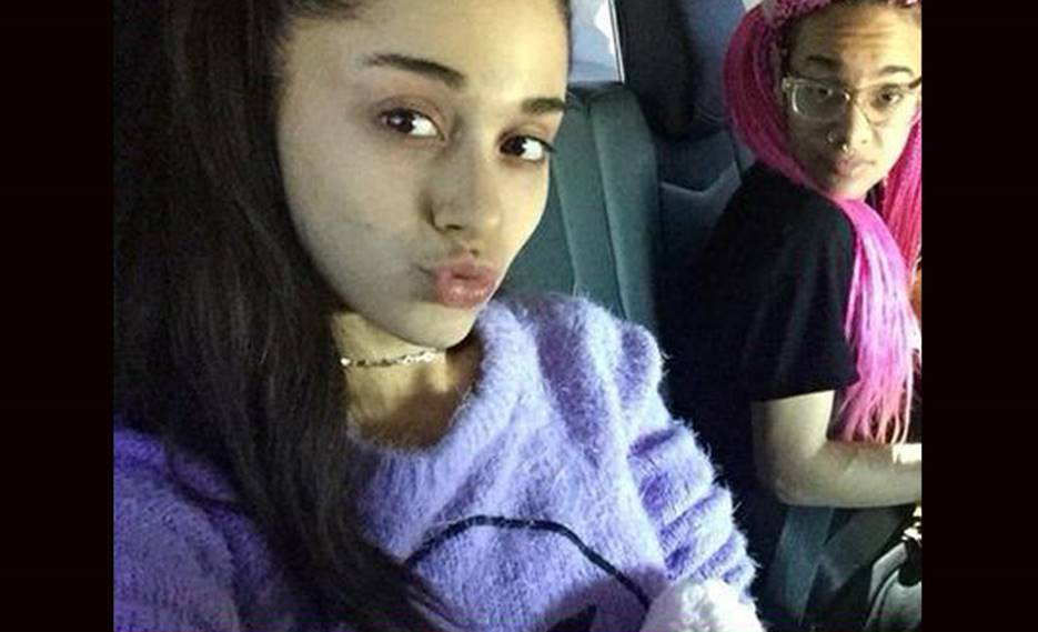 6b9c2dda853 This is why seeing Ariana Grande without makeup won't really surprise you.  If she looks young with makeup, imagine how much younger she looks like  without ...